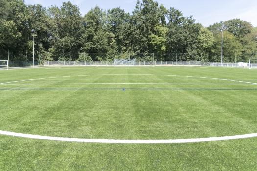 Inauguration du nouveau terrain de foot
