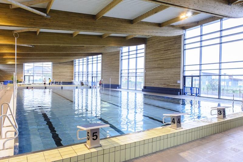Centre aquatique les oc anides cormeilles en parisis for Piscine 95