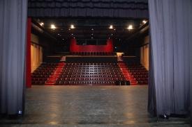 Scène et salle du Théâtre du Cormier