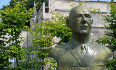 Statue de Charles de Gaulle
