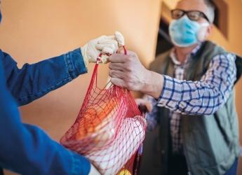 Livraison de courses et de médicaments à domicile pour les seniors