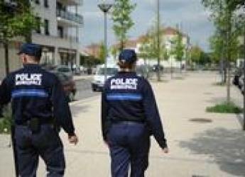 Patrouille de policiers