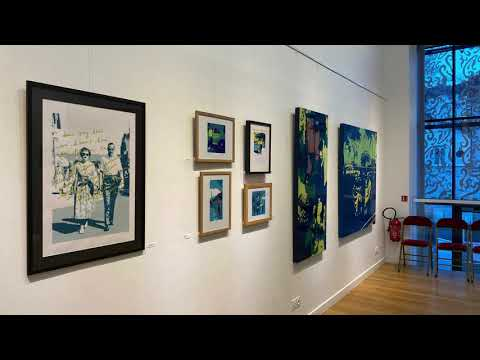 """Visite virtuelle de l'exposition """"Portraits de famille"""" à Lamazière"""